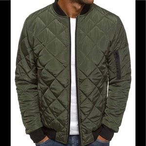 Clearance Sale‼️Calvin Klein Quilted Bomber Size L